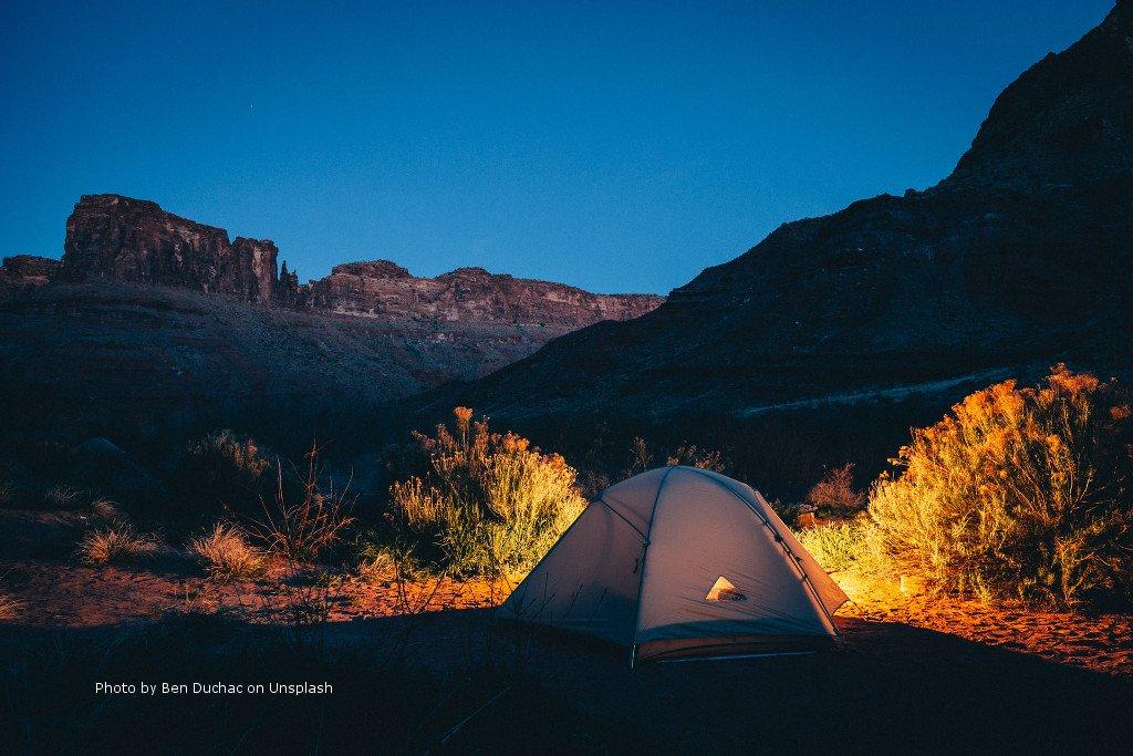 Night camping in the Utah desert