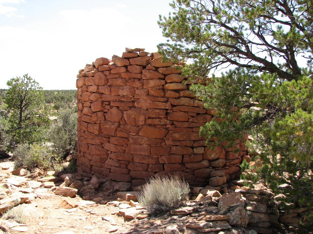 Tower ruin at Cave Canyon